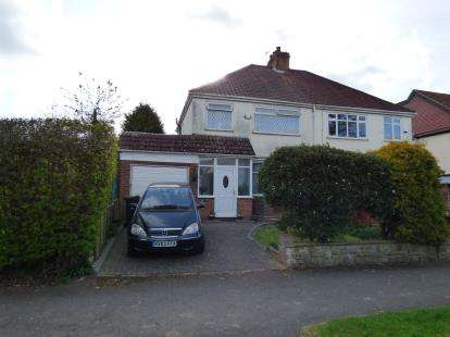 Semi Detached House for sale in Grove Road, Kings Heath, Birmingham, West Midlands