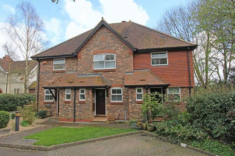 2 Bedrooms Terraced House for sale in Romsey