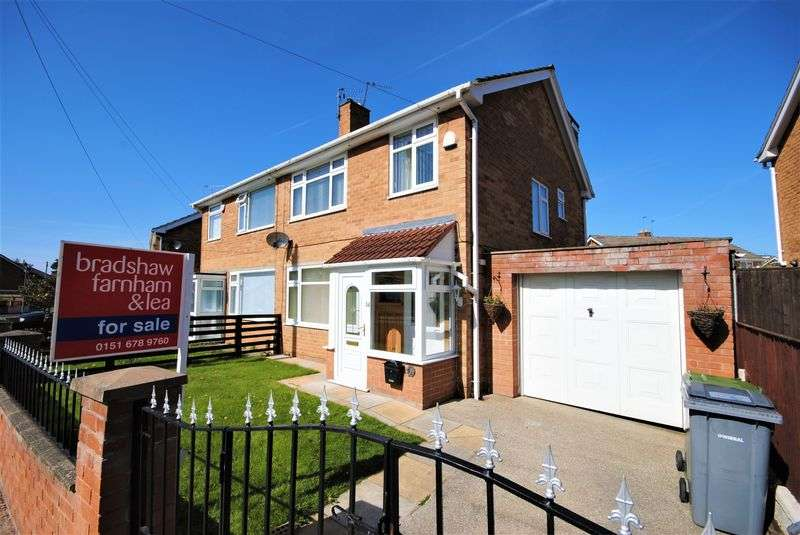 4 Bedrooms Semi Detached House for sale in Croft Drive, Moreton