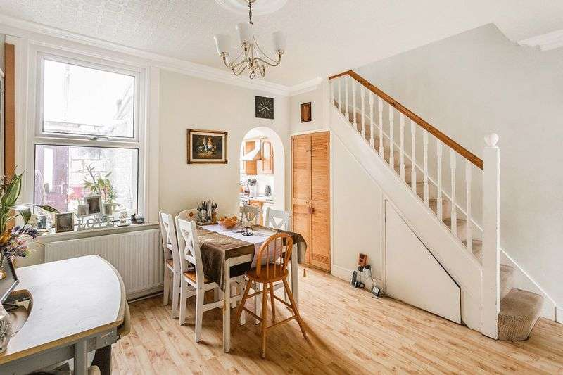 3 Bedrooms Terraced House for sale in Dominion Road, CROYDON