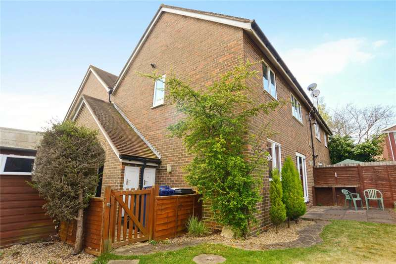 1 Bedroom Mews House for sale in The Meads, Haslemere, Surrey, GU27