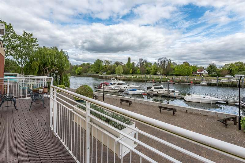 3 Bedrooms Flat for sale in Regatta House, 32 Twickenham Road, Teddington, TW11