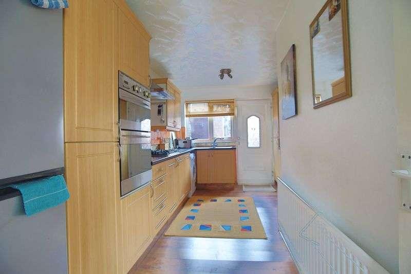 3 Bedrooms Property for sale in Clyde Avenue, Hebburn