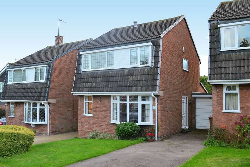 3 Bedrooms Semi Detached House for sale in York Close, Lichfield