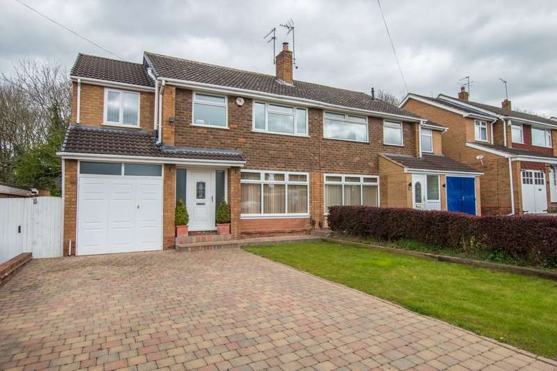 4 Bedrooms Semi Detached House for sale in Compton Road, Stourbridge, DY9 0TH