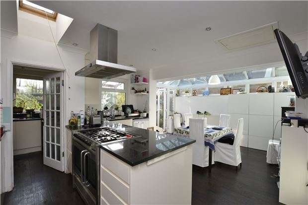 4 Bedrooms End Of Terrace House for sale in Conygre Grove, Filton, BRISTOL, BS34 7HX