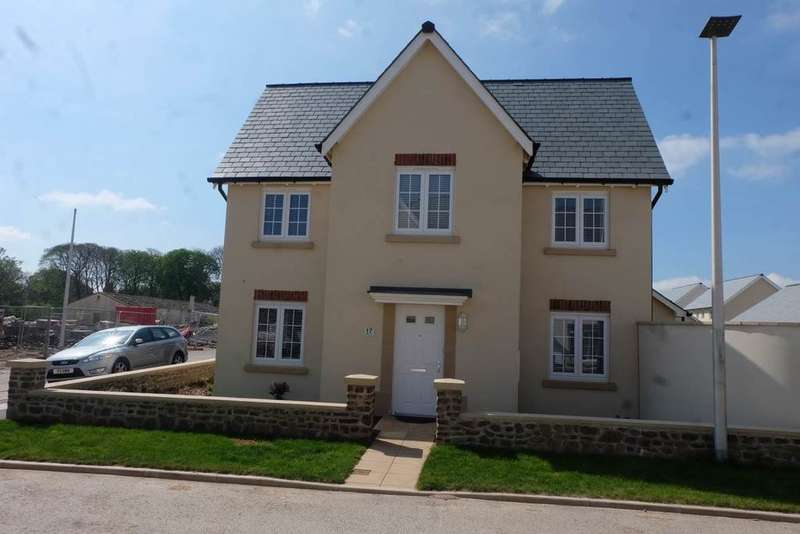 3 Bedrooms Detached House for sale in Fremington, Barnstaple