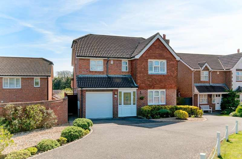4 Bedrooms House for sale in Clementine Avenue, Seaford, BN25 2XG