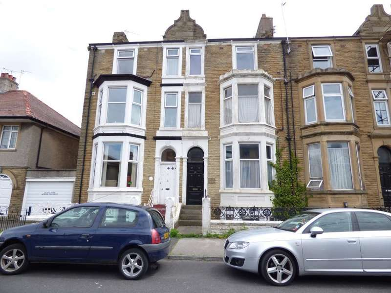 1 Bedroom Flat for sale in Thornton Road, Morecambe, LA4 5PE