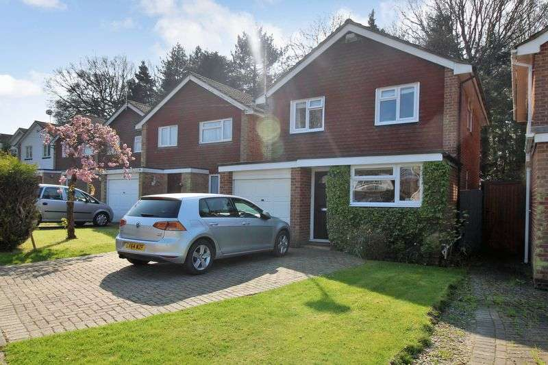4 Bedrooms Detached House for sale in Haywards, Crawley