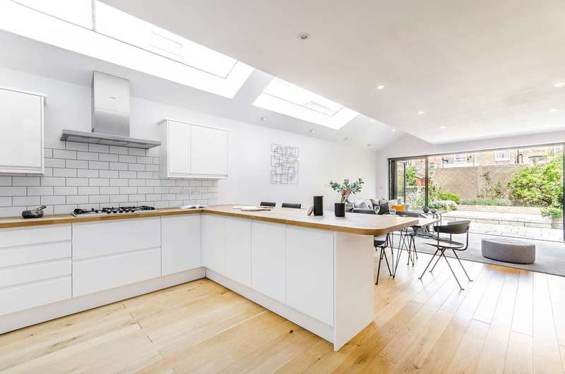 4 Bedrooms House for sale in Chaldon Road, Fulham, SW6