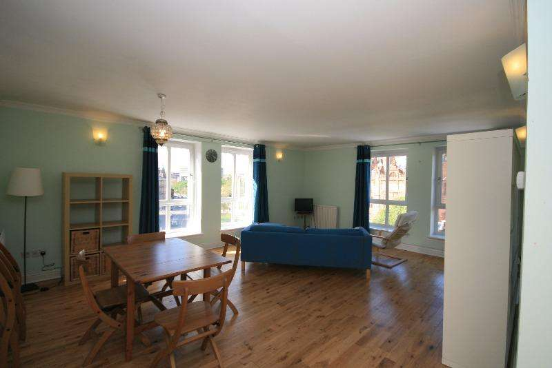 2 Bedrooms Flat for rent in Sauchiehall Street, Finnieston, Glasgow, G3 7UE