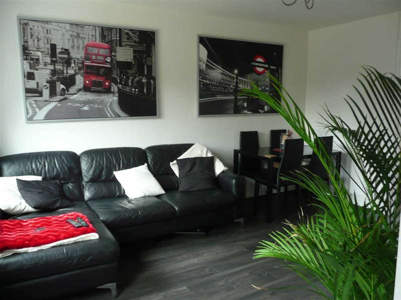 2 Bedrooms Terraced House for sale in Castle Dore, Freshbrook, Swindon