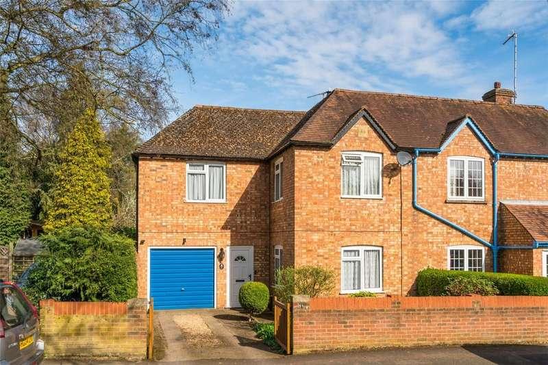 3 Bedrooms Semi Detached House for sale in School Lane, WELWYN, Hertfordshire