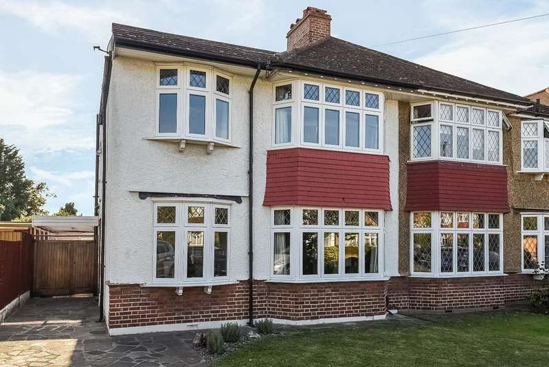 3 Bedrooms Semi Detached House for sale in Overhill Way Beckenham BR3