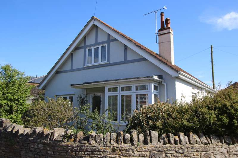 4 Bedrooms Detached House for sale in VICTORIA AVENUE, SWANAGE