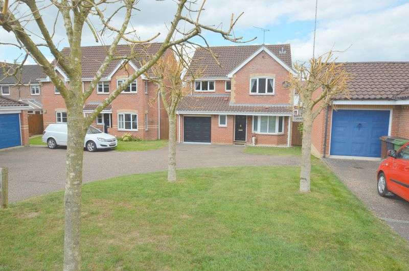 4 Bedrooms Detached House for sale in Husenbeth Close, Old Costessey, Norwich