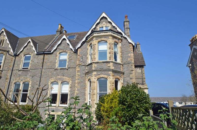 2 Bedrooms Flat for sale in Elegant flat not far from Clevedon sea front
