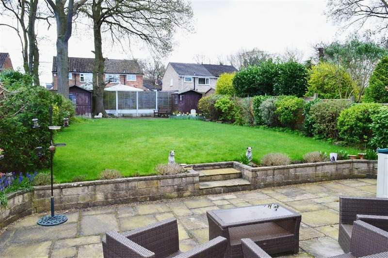 4 Bedrooms Detached House for sale in Keswick Avenue, CH63