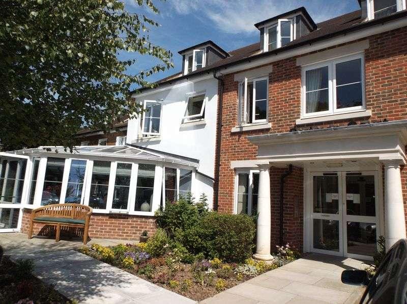 1 Bedroom Flat for sale in McCarthy & Stone - Portman Court : ** GROUND FLOOR **