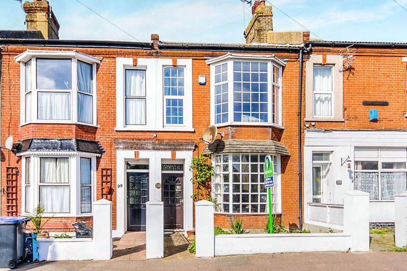 3 Bedrooms Property for sale in Pier Avenue, Herne Bay, CT6