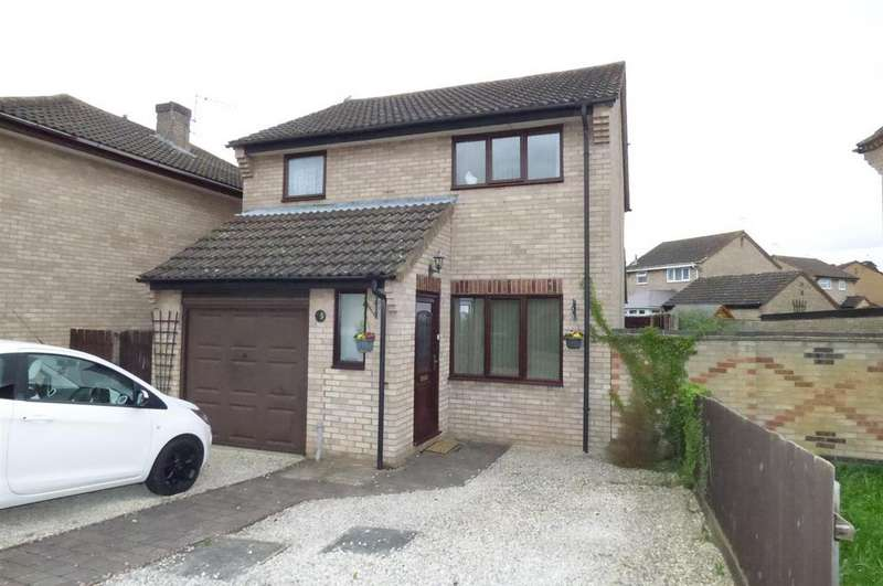 3 Bedrooms Detached House for sale in Caraway Road, Thetford