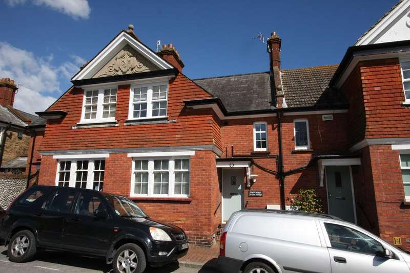2 Bedrooms Terraced House for sale in The Village, Eastbourne BN20