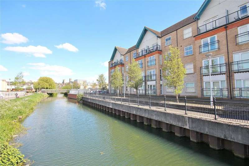 2 Bedrooms Flat for sale in Riverside Drive, Lincoln, LN5