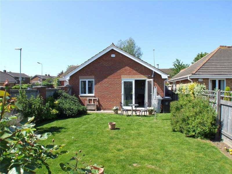 2 Bedrooms Detached Bungalow for sale in Glebe View, Market Deeping, Peterborough, PE6