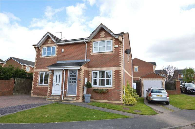 2 Bedrooms Semi Detached House for rent in Brierlands Fold, Garforth, Leeds, West Yorkshire