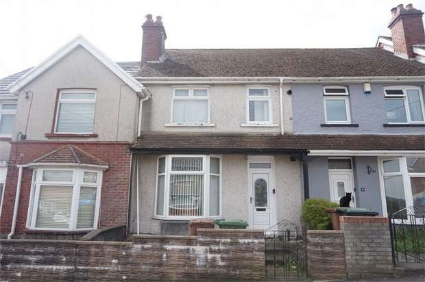 3 Bedrooms Terraced House for sale in Cefn Road, BLACKWOOD, Caerphilly
