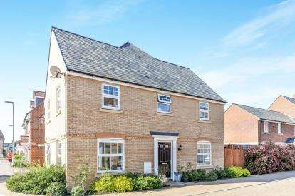 4 Bedrooms House for sale in Bose Avenue, Biggleswade, Bedfordshire