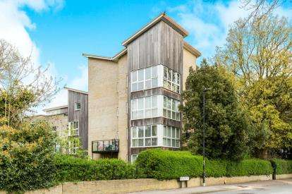 2 Bedrooms Flat for sale in Southampton, Hampshire, .