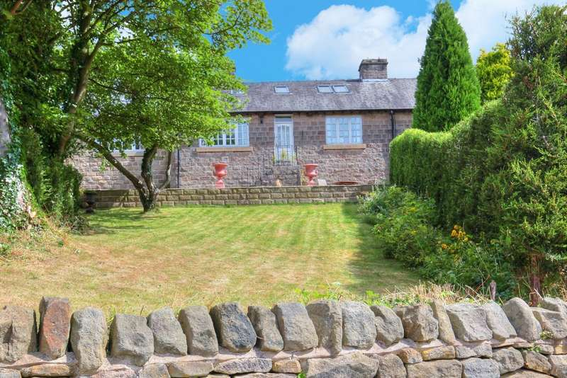 4 Bedrooms Semi Detached Bungalow for sale in 1 Taggs Knoll, Bamford, Hope Valley