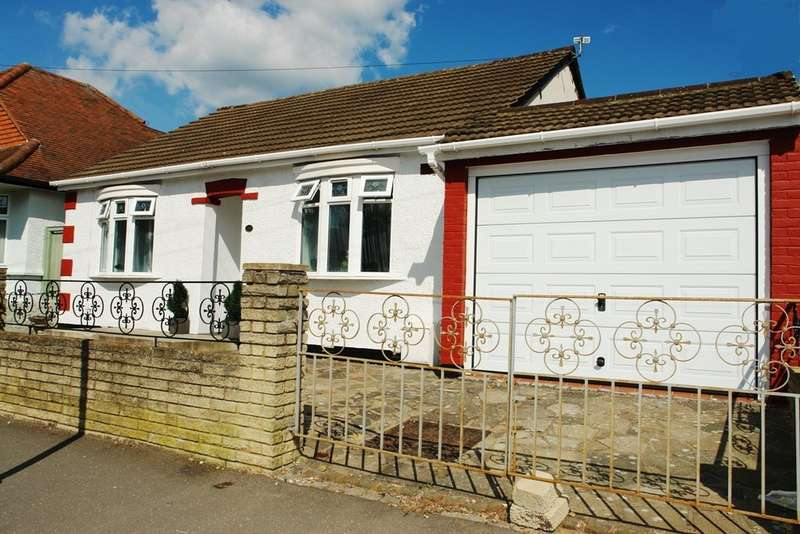 3 Bedrooms Detached Bungalow for sale in Lenelby Road, Tolworth, Surbiton