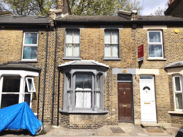 2 Bedrooms Terraced House for sale in Eastway, Hackney E9