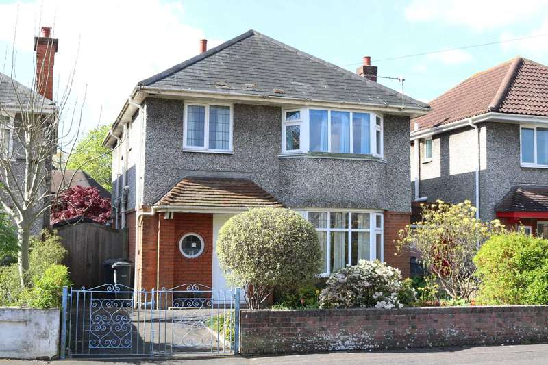 3 Bedrooms Detached House for sale in BH9 Victoria Park Road, Bournemouth