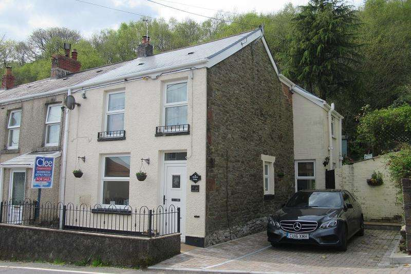2 Bedrooms End Of Terrace House for sale in 63 Clydach Road, Craig-cefn-parc, Swansea.