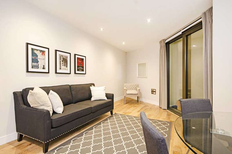 3 Bedrooms Flat for sale in Gateway House, Finchley Central, N3