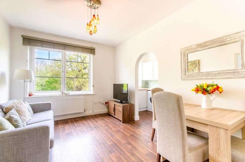 2 Bedrooms Flat for sale in Manor Road, Barnet, EN5