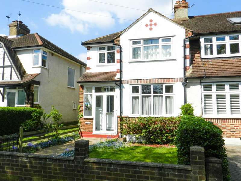 3 Bedrooms Property for sale in Green Lanes, West Ewell, Epsom