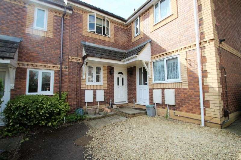 3 Bedrooms Terraced House for sale in St Pierre Drive, Bristol