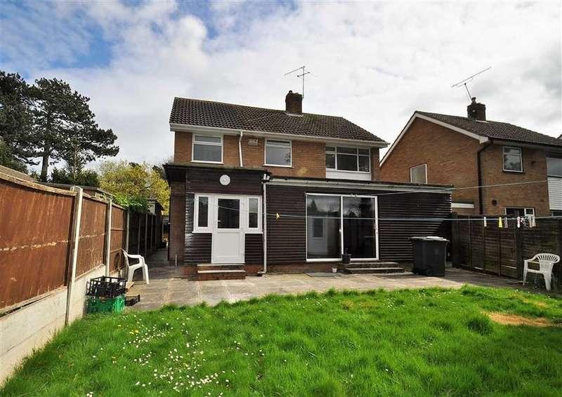 4 Bedrooms Detached House for sale in 10, Pineways Drive, Newbridge, Wolverhampton, West Midlands, WV6
