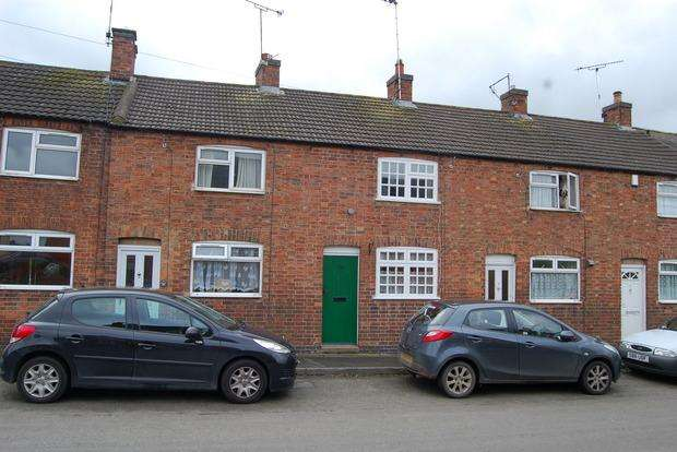 1 Bedroom Terraced House for sale in Main Street, Fleckney, Leicester, LE8
