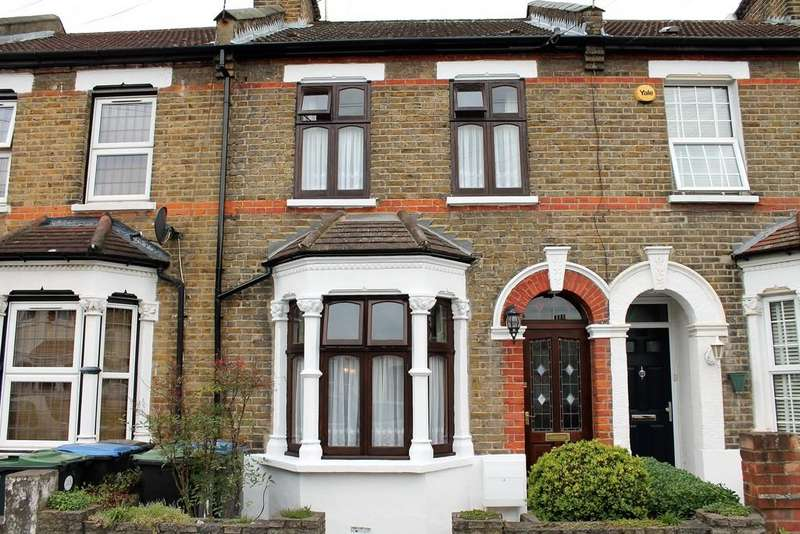 3 Bedrooms Terraced House for sale in Balham Road, Edmonton