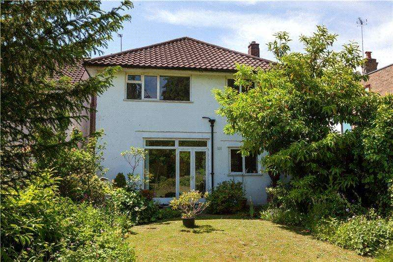 3 Bedrooms Detached House for sale in St Marys Road, London, SW19