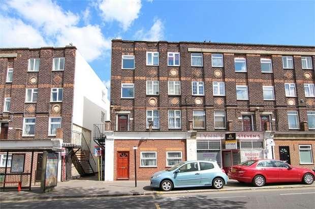 2 Bedrooms Flat for sale in Wood Street, Walthamstow, London