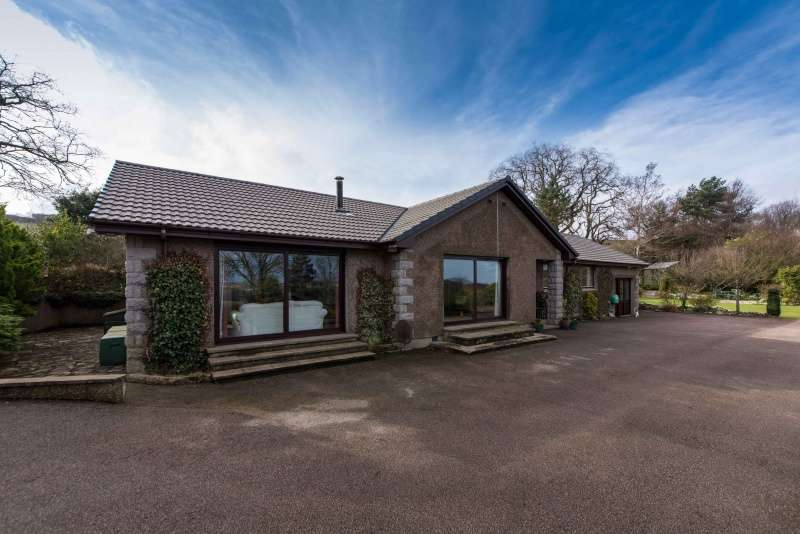 5 Bedrooms Bungalow for sale in Kirkton of Alvah, Banff, Aberdeenshire, AB45 3US