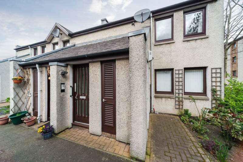 1 Bedroom Flat for sale in Pilrig House Close, Pilrig, Edinburgh, EH6 5RF