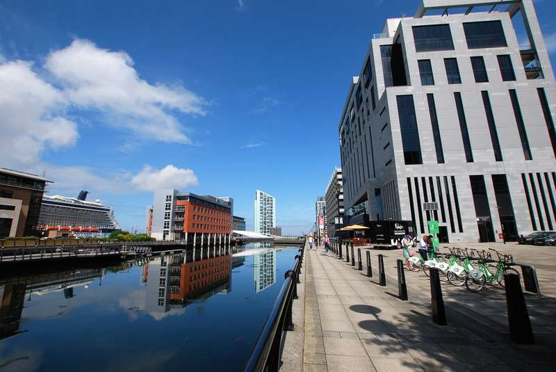 1 Bedroom Flat for sale in Malmaison Apartments, Liverpool